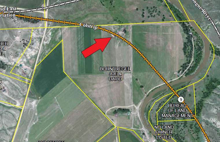 Red arrow points to a Amish farmyard and house where the TRR is slated to go, if permitted.